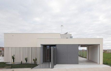 Casa ecològica d'alta eficiència energètica